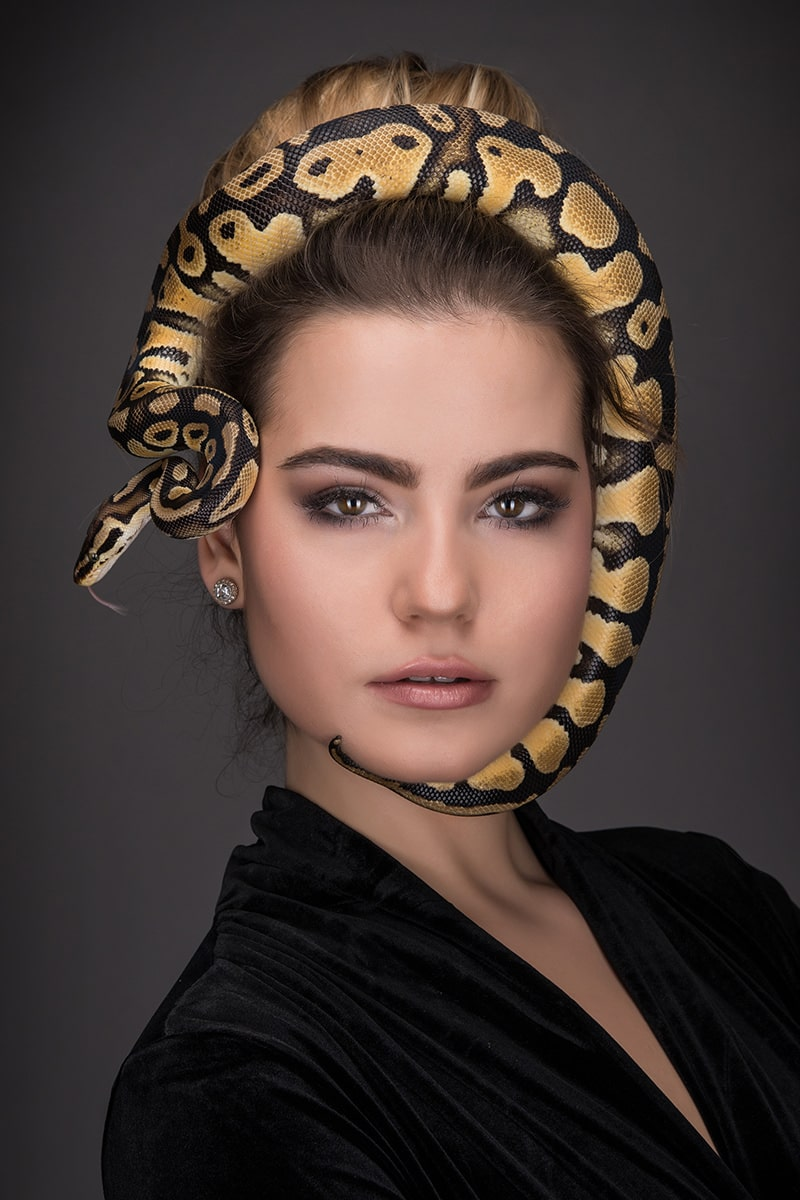 Helmut Ming - Snake on Face